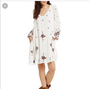 Free People Dresses - Free People Oxford Embroidered Swing Dress
